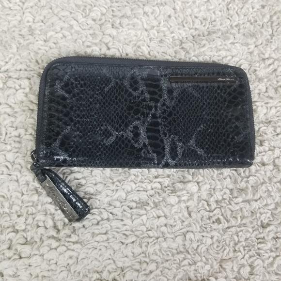 Kenneth Cole Handbags - Kenneth Cole Black & Silver Faux Snake Skin Wallet